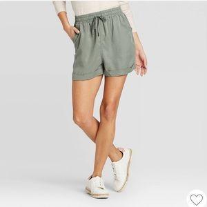 🍃 Women's Universal Thread Shorts